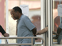 "<div class=""meta image-caption""><div class=""origin-logo origin-image ""><span></span></div><span class=""caption-text"">O.J. Simpson is taken from the Las Vegas Police Investigative Services Division in Las Vegas, Sunday, Sept. 16, 2007. (AP Photo/John Locher)</span></div>"