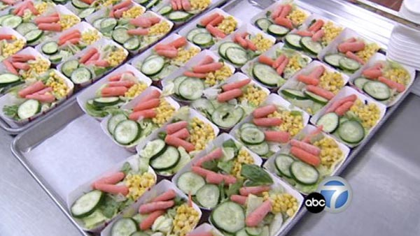 Lunch options at Los Angeles Unified School District