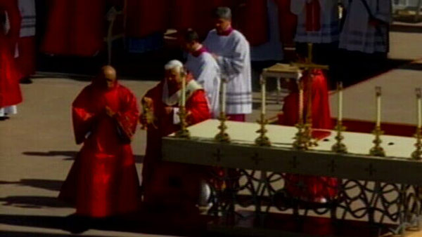 Papal Mass at Nationals Stadium