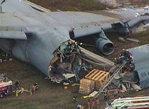 C5 Galaxy crashes  etsmtlca